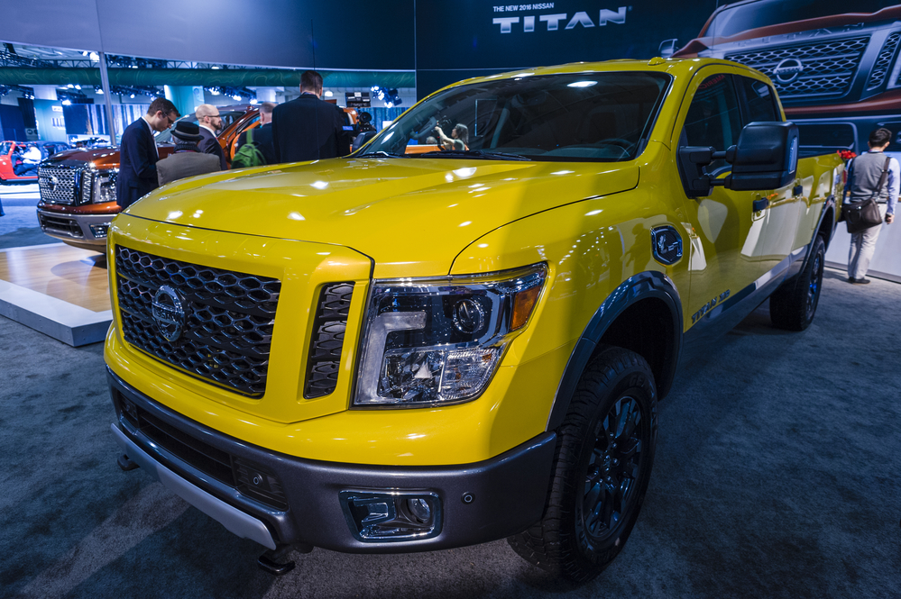 nissan extends 2017 warranty for titan trucks. Black Bedroom Furniture Sets. Home Design Ideas