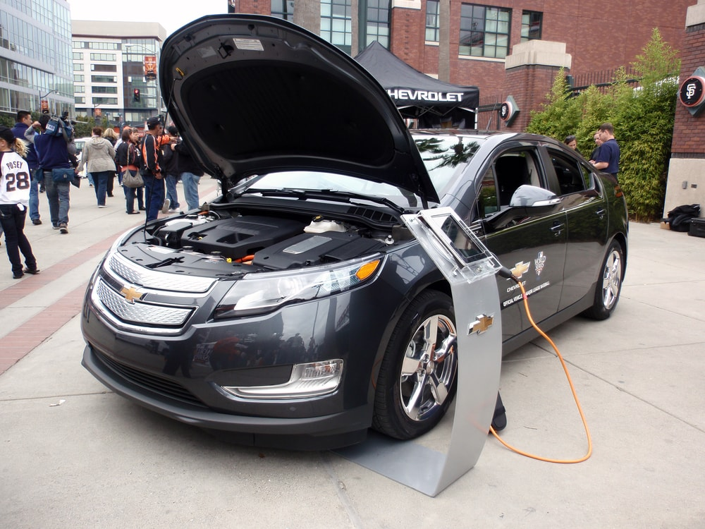 California almost halfway to 2025 goal for zero emissions cars for General motors lawsuit 2017