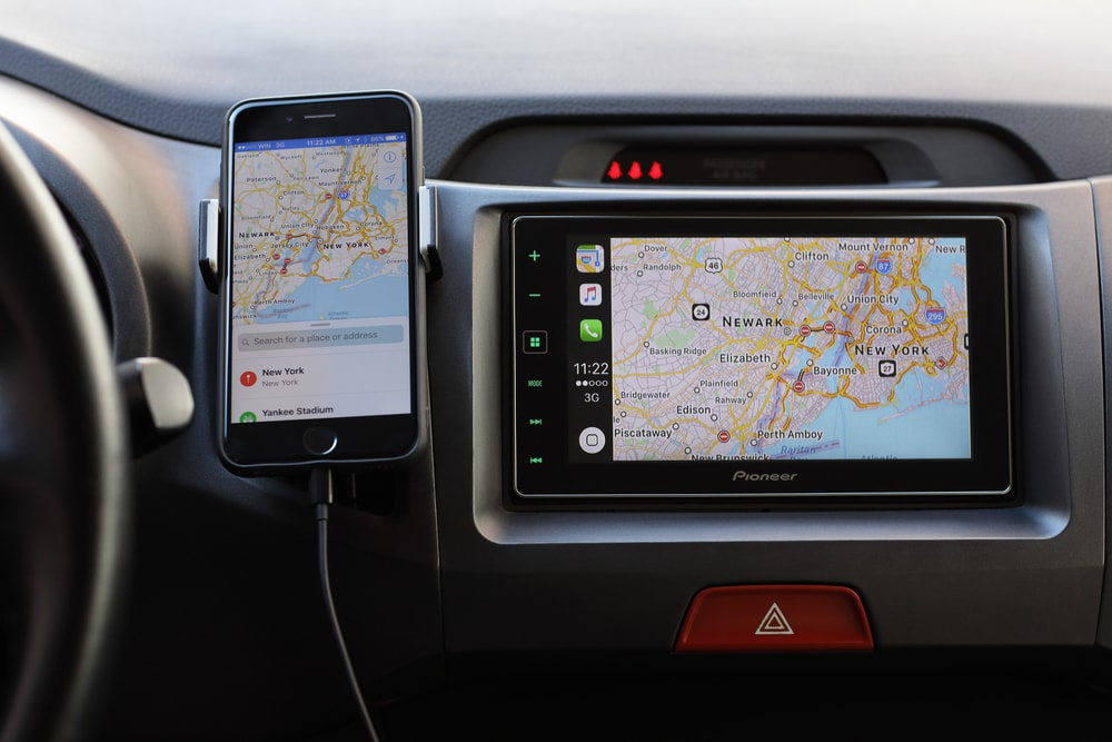apple car navigation