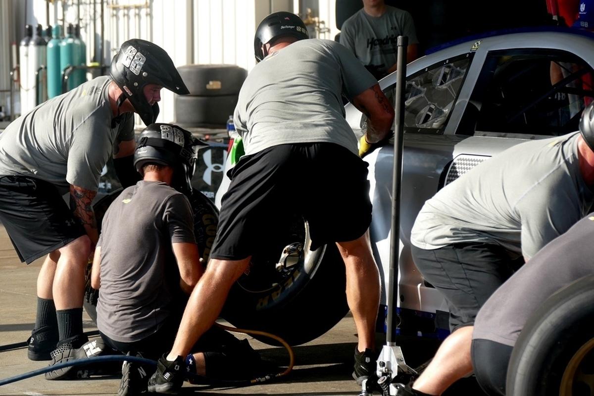 pit crew practice