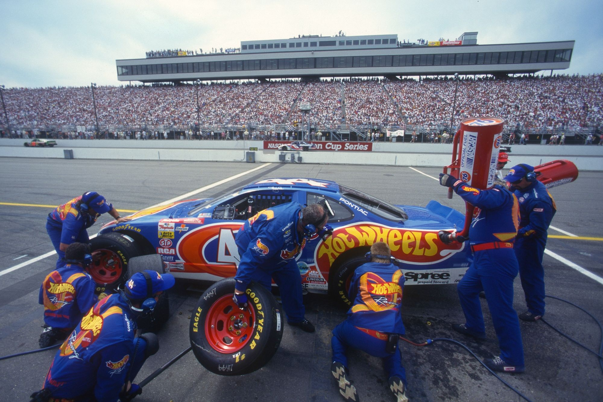 Hot Wheels sponsored pit stop for race car