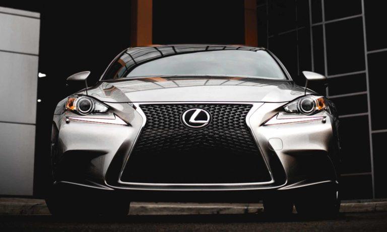 Lexus Buyers Guide 21