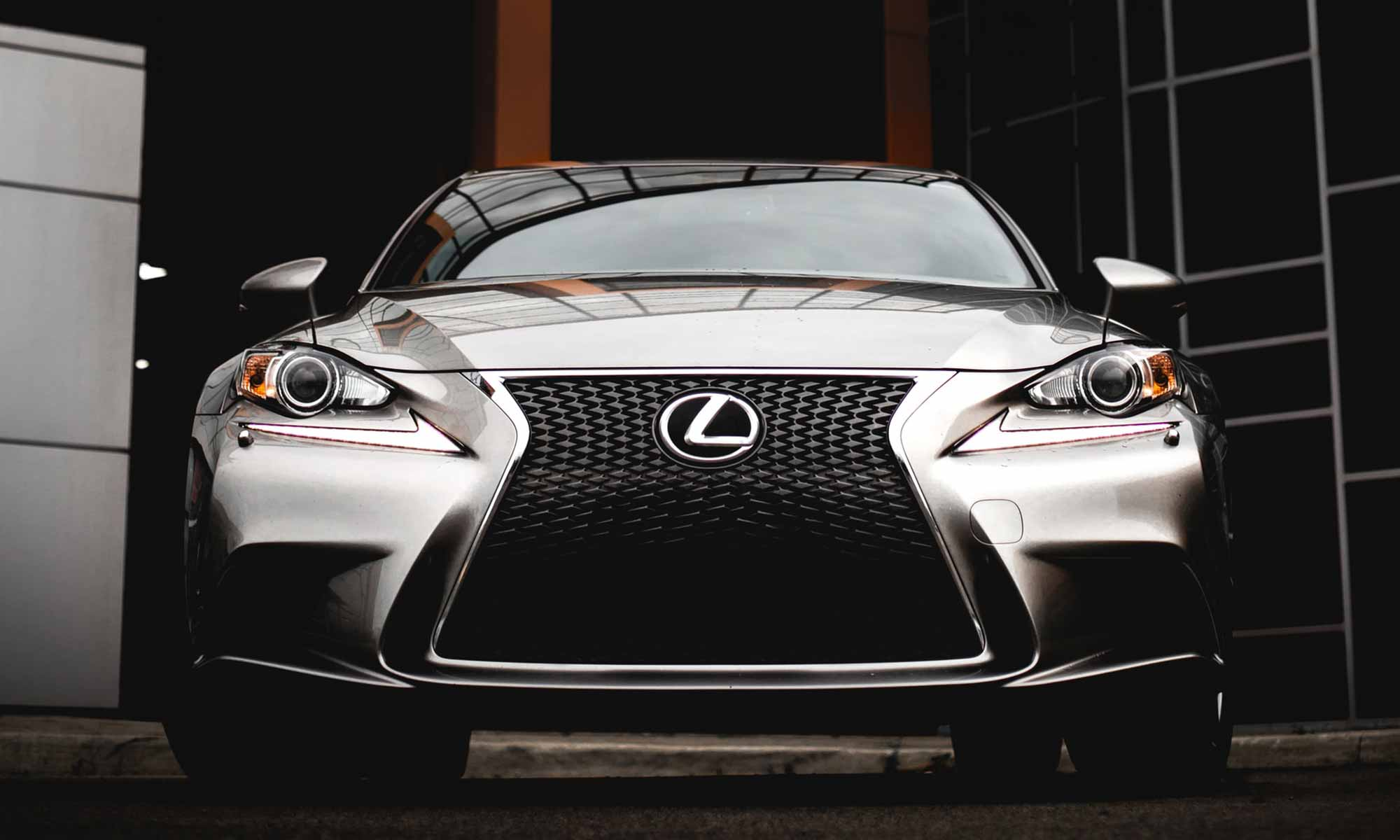 Lexus Buyers Guide 21