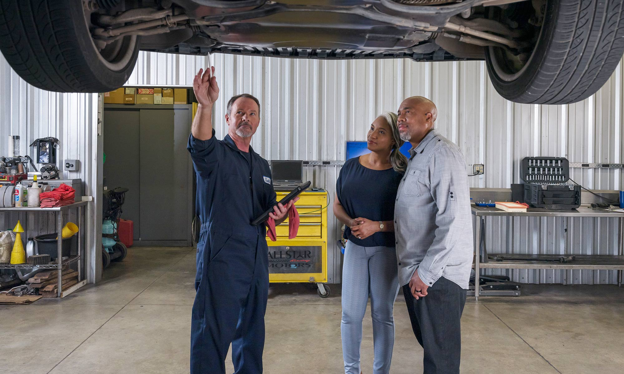 Car Service technician and customers